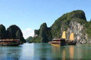 Phát động bầu chọn Vịnh Hạ Long là kỳ quan thiên nhiên mới