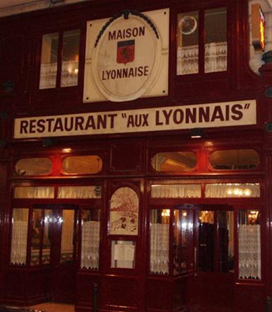 Nha hang o Lyon