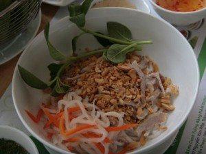 Bánh canh khô: Vừa lạ, vừa thanh dịu