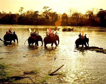 cang kham pha cang cuon hut
