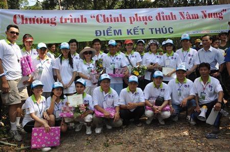 Chinh phuc dinh Nam nung