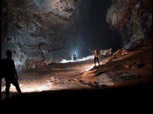 Phát hiện hang động lớn nhất thế giới tại Quảng Bình