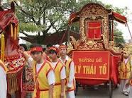 Lễ hội Đền Đô thu hút hàng vạn khách thập phương