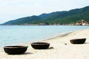 Đón bình minh từ bãi biển Bình Tiên, Ninh Thuận