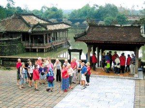 Hướng đến Năm du lịch quốc gia 2012 gắn kết với Festival Huế 2012