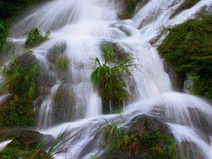 Thỏa thích đắm mình bên dòng thác Bản Ba – Tuyên Quang