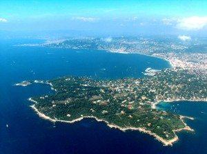 Thành phố Cannes thơ mộng ven biển