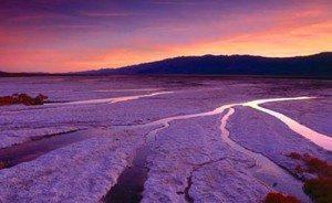 Mê hoặc Thung lũng chết