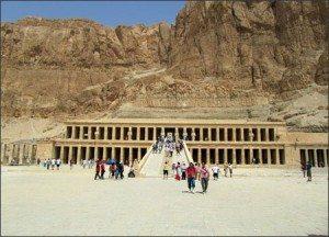 Tham quan thung lũng Nữ Hoàng – Ai Cập