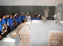Triển lãm hiện vật Bảo tàng Chăm tại Festival Biển Nha Trang