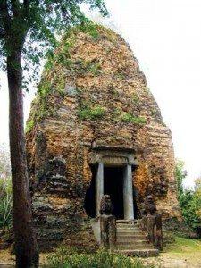 Ngắm tháp đền 14 thế kỷ tuổi ở Sambor Prei Kuk