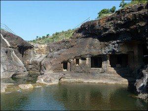 Khám phá quần thể hang động Ellora – Ấn Độ