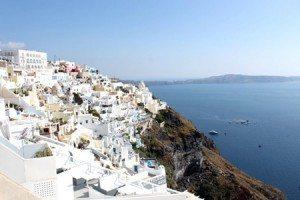 Khám phá hòn đảo xinh đẹp Santonini – Hy Lạp