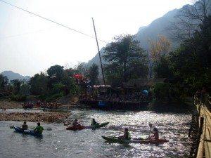 Kỳ thú sông nước Vang Viêng