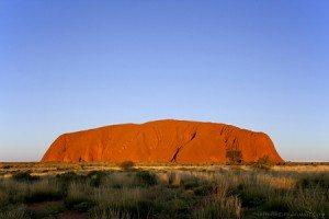 Uluru – điểm du lịch hấp dẫn của nước Úc