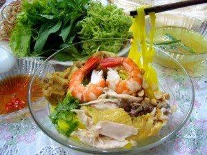 Đủ sắc với món ngon Đà Nẵng