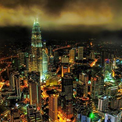 Kuala Lumpur về đêm.