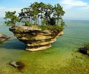 Những đảo đá kỳ lạ nhất thế giới