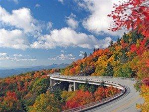 'Hút hồn' với cảnh thiên nhiên bên sườn núi