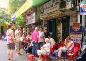 Khách quốc tế đến Hà Nội tiếp tục tăng trưởng mạnh
