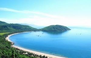 """Các bãi biển đẹp """"mê hồn"""" của miền Trung"""