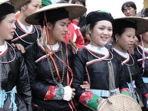 Tuần văn hóa du lịch Lễ hội chợ tình Khau Vai 2013