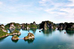 Đảo Đầu Bê – Thắng cảnh đẹp của Quảng Ninh