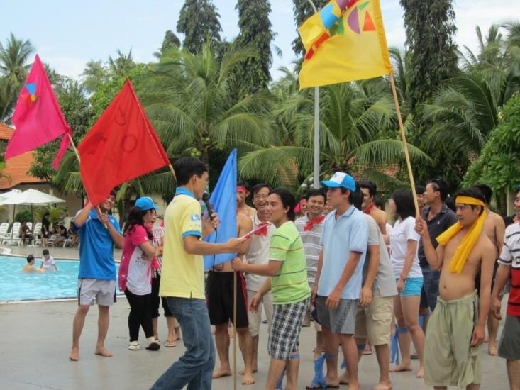 chuong trinh teambuilding ket hop du lich bien