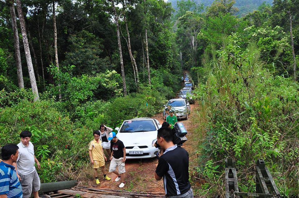 Caravan dua du khach kham pha