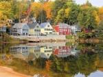 Ngam la thu khu vuc ho o New Hampshire