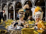 Du lịch Le hoi Carnival o Venice