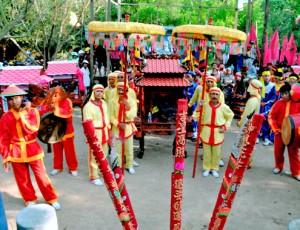 Lễ hội đô thị Nước Mặn hơn 400 năm ở Bình Định