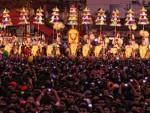 Le hoi ruoc voi Thrissur Pooram