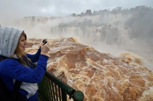 Du lich thac Iguaza