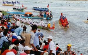 Tưng bừng Lễ hội đua thuyền tại Campuchia