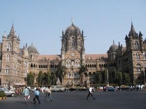 Mumbai, đến và đi…